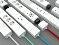 /public/casaeclima/Immagini%20sito/2016/TECH/YOUMO-Your-Smart-Modular-Power-Strip-01.jpg